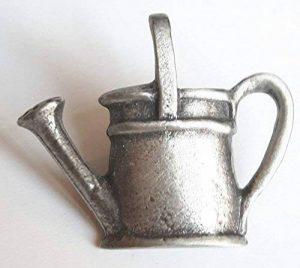Arrosoir fabriquéà la main en étain anglais Pin's (épinglette Badge + Sac cadeau de la marque Emblems-Gifts image 0 produit