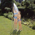 Douche de jardin solo de GARDENA: douche avec jet de douche agréable, quantité d'eau réglable en continu et verrouillable, hauteur réglable en continu jusqu'à 207 cm, avec pique pour fixation au sol (961-20) de la marque Gardena image 2 produit