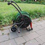 Enrouleur tuyau d'arrosage en fonte sur roues de la marque Esschert Design image 3 produit