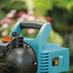 GARDENA Pompe d'arrosage de surface 3000/4 Classic : pompe d'arrosage, débit de 3100 l/h, silencieuse et durable, avec bouchon de vidange d'eau, puissance d'aspiration élevée (1707-20) de la marque Gardena image 2 produit