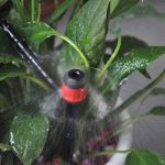 mise à niveau micro goutte système d'irrigation double spécification tuyau avec prise de terre système d'arrosage automatique pour l'usine de serres jardin d'arrosage Kit de goutte d'eau (15m, 49FT) de la marque FrideMok image 3 produit