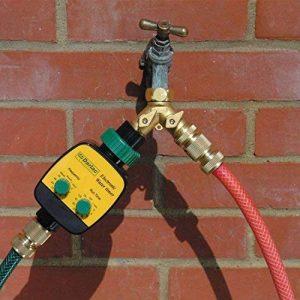 """Parkland Double robinet de jardin extérieur avec adaptateur de tuyau 3/4"""" 2 voies en laiton massif, pour l'arrosage des fleurs et le jardinage de la marque Parkland image 0 produit"""