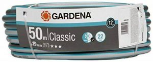 """Tuyau Classic de GARDENA 19 mm (3/4""""), 50 m: tuyau d'arrosage universel en tissu croisé robuste, résistance à l'éclatement de 22 bars, résistant aux UV, sans pièce du système, empaqueter (18022-20) de la marque Gardena image 0 produit"""