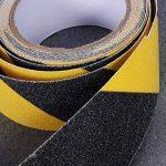 Ueetek Noir et jaune antidérapant de sécurité ruban adhésif haute adhérence Safe abrasifs Grain Grip 5,1cm par 5m pour une utilisation en intérieur et en extérieur de la marque UEETEK image 4 produit